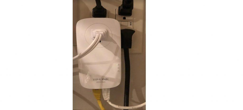 tplinkav2000 ethernet powerline adapter